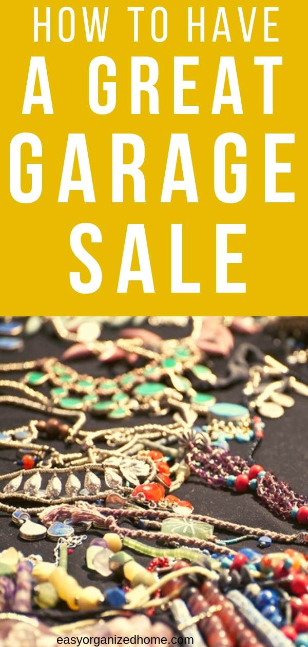 Garage sale is a great way to get extra cash after you declutter your home. Learn how to make a great yard sale with our tips on how to layout your items and supplies in boxes and display furniture, how to use announcements and advertisement to attract consumers and how to label pricing. #garagesale #garagesaletips #yardsale #extramoney #extracash #extraincome #declutter #decluttering #declutteryourhome #declutteringtips #declutteringahouse