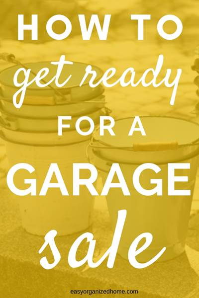 Get organized with these simple garage sale organization and ideas. These 10 yard sale tips will help you with clothes rack organization, pricing an printable, staging and layout of your items, posters and signage and more. #garagesale #garagesaletips #yardsale #extramoney #extracash #extraincome #declutter #decluttering #declutteryourhome #declutteringtips #declutteringahouse