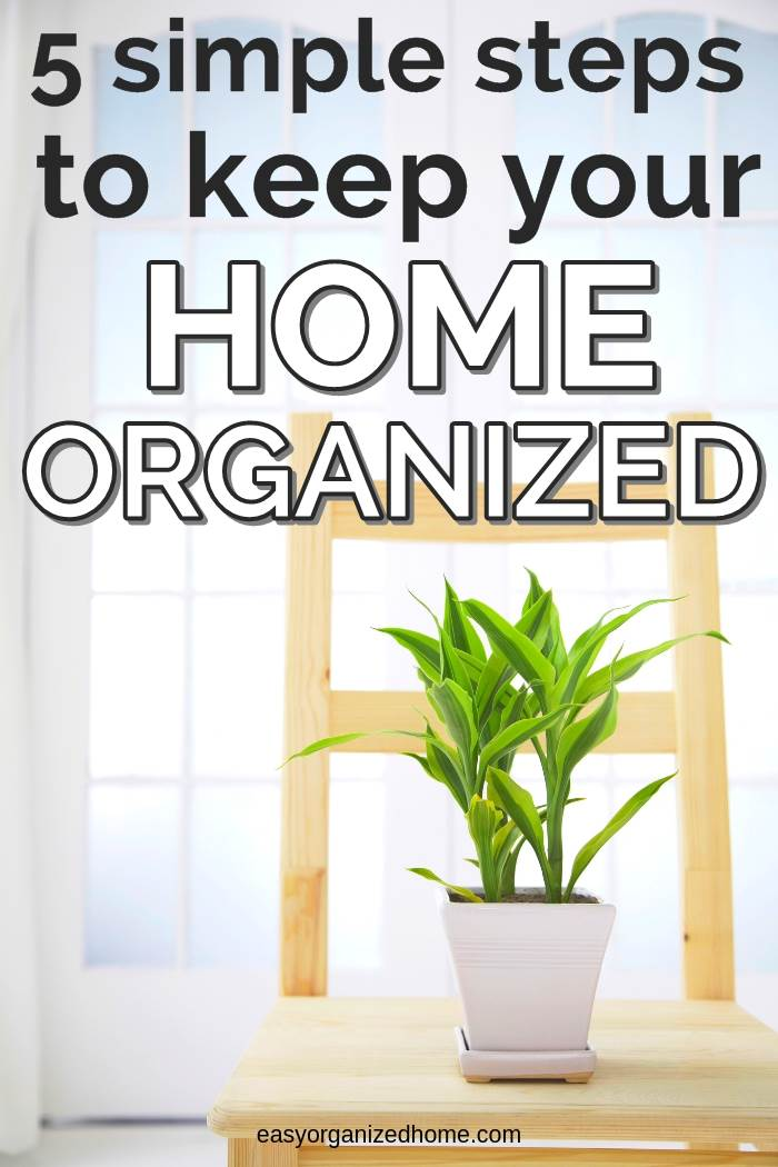 simple tips and ideas to keep your home organized and clutter free, declutter today by following our best tips and tricks #declutter #decluttering #declutteryourhome #declutteringtips #declutteringahouse #organization #organize #organizing #organizationideas