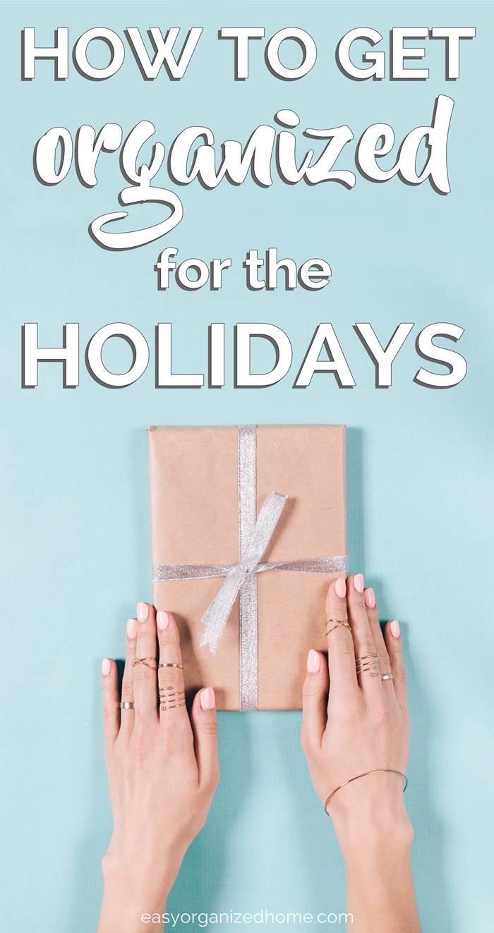 HOW TO GET ORGANIZED FOR THE HOLIDAYS. Don't leave the Christmas planning and organization for the last minute, this reality check for holidays will help you get your Christmas setup and planned ahead of time to save you stress and overwhelming. Plan your gifts, greeting cards, meals and all organization ahead of time. #Christmas #Christmasplanning #Christmasplanner #organization