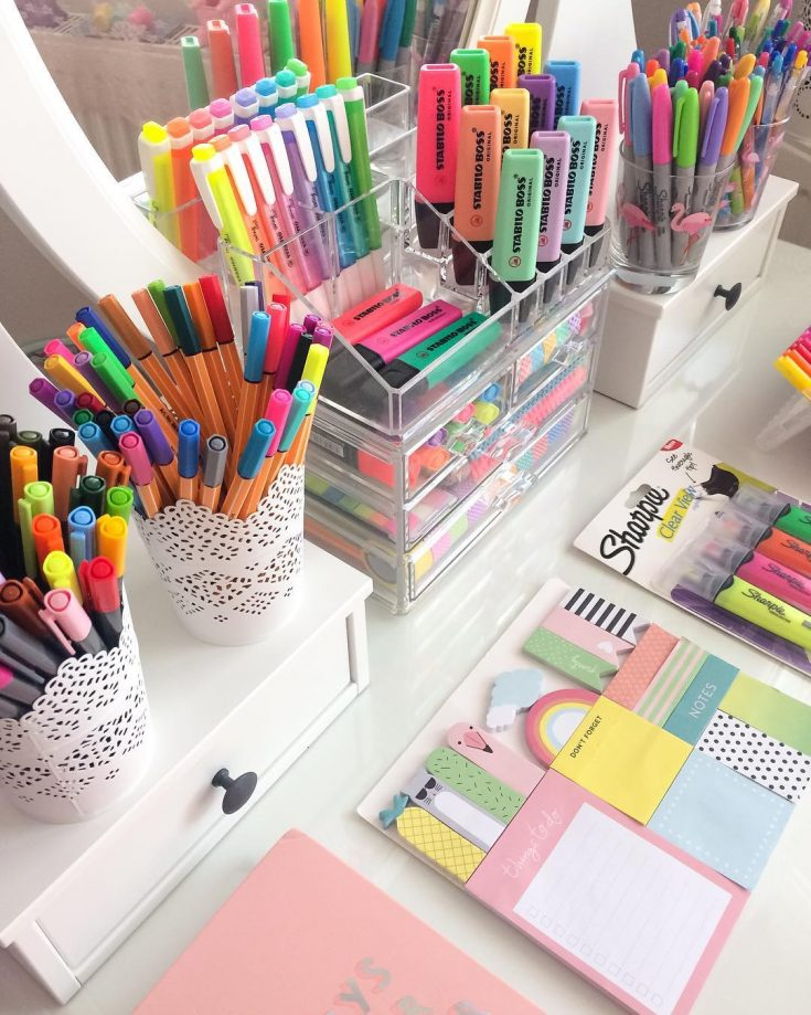 Organize Highlighters, Pens and Stationery