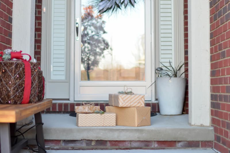 things you should be decluttering for Christmas